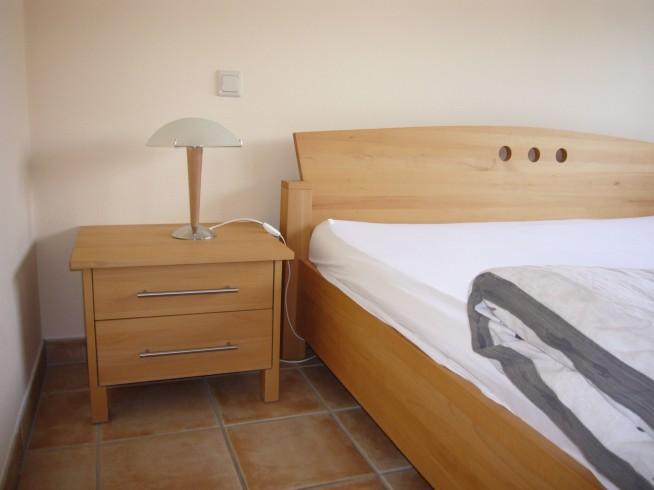 Chambres coucher menuiserie b nisterie aire de jeux atelier ligna - Chambre a coucher en bois hetre moderne ...
